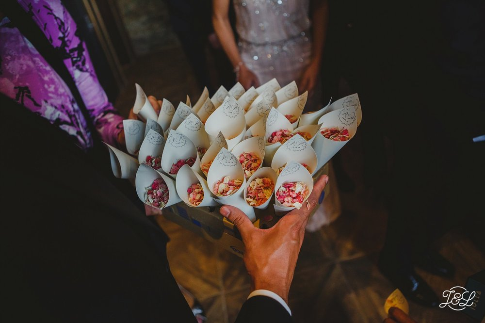 Photography:  James & Lianne Wedding Photography