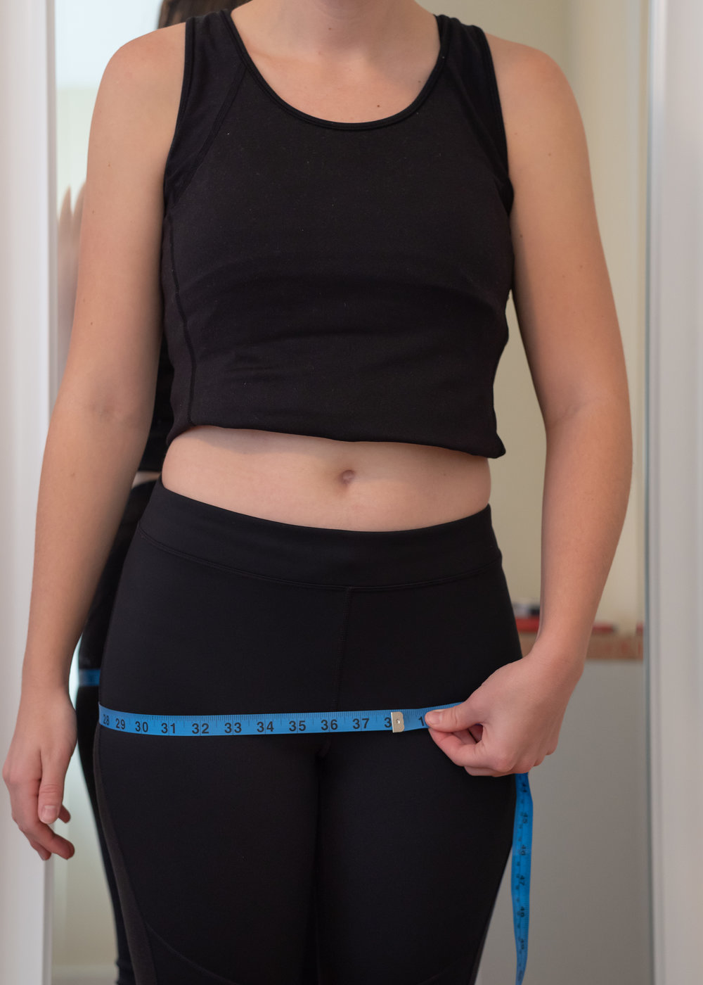 How to take your high hip or hip measurement for clothing