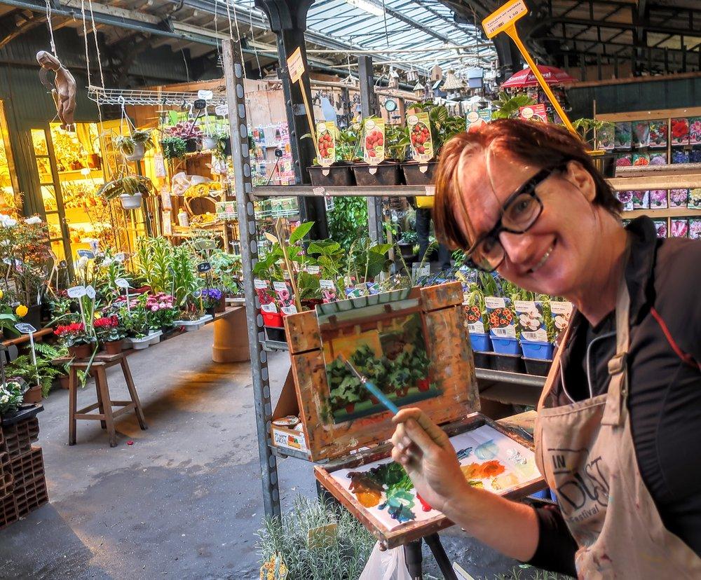 April, 2018: Painting in Paris flower market.