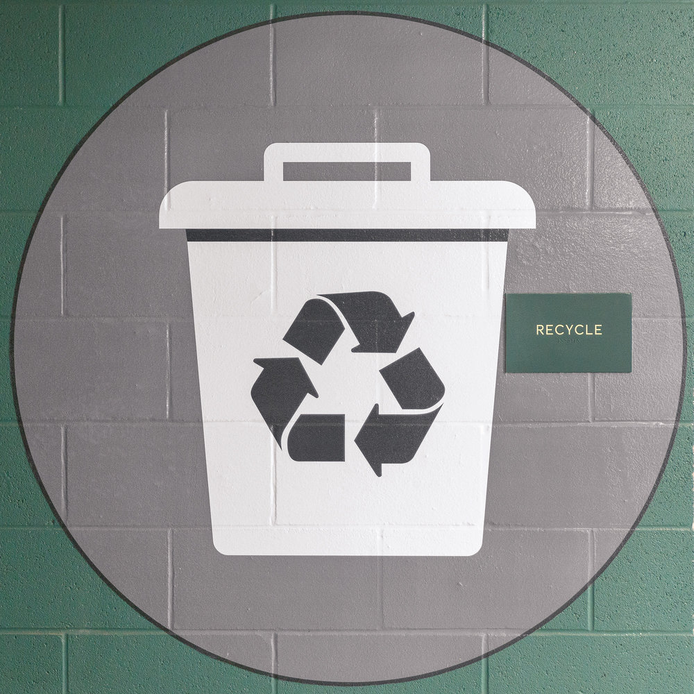 Vertis-Green-Hills_wayfinding-signage_resident recycling_MG_5246_small 2000 px.jpg