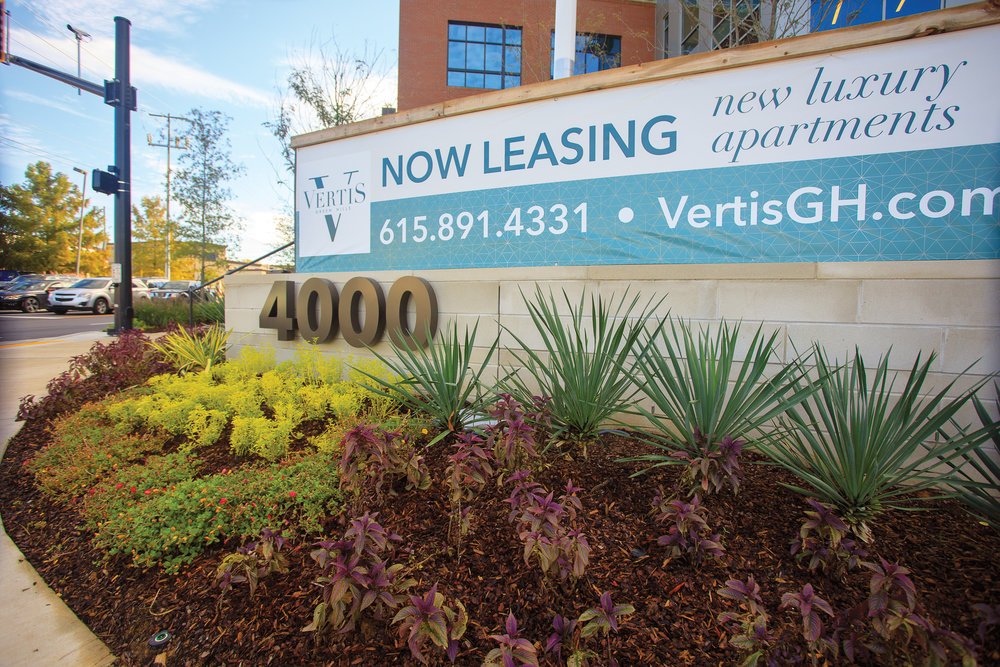 Vertis-Green-Hills_brand-identity-signage_monument-sign-and leasing banners_MG_5210_small 2000 px.jpg