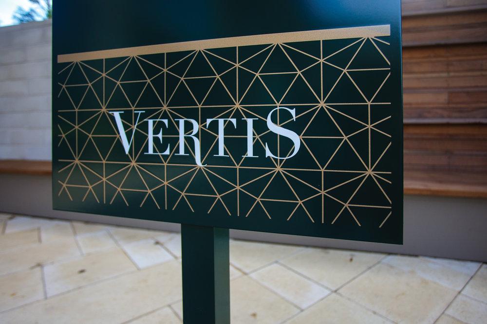 Vertis-Green-Hills_brand-identity-signage-detail_MG_5204_small 2000 px.jpg
