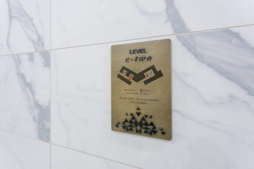 Vertis-Green-Hills_wayfinding-signage_Elevator_MG_5292_small 2000 px.jpg