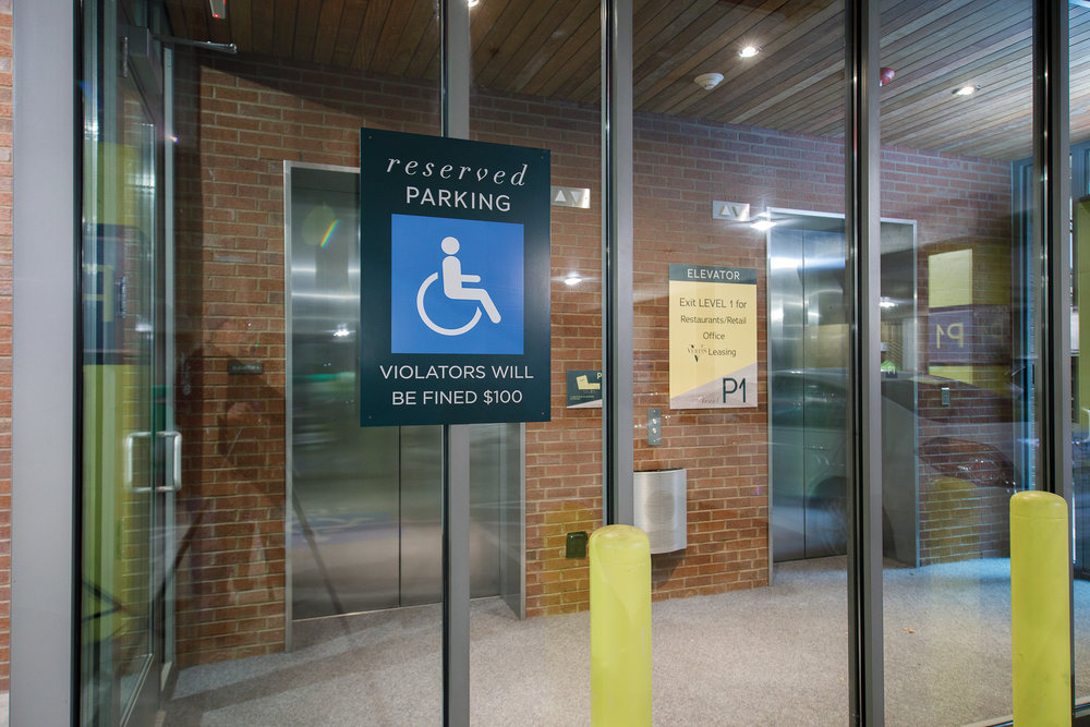 Vertis-Green-Hills_wayfinding-signage_reserved-handicapped-parking_MG_6310_small 2000 px.jpg