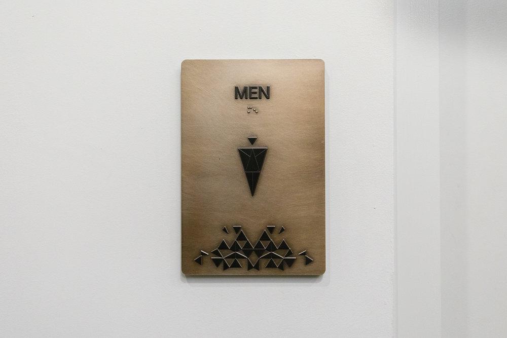 Vertis-Green-Hills_wayfinding-signage_restroom-men_MG_6260_small 2000 px.jpg