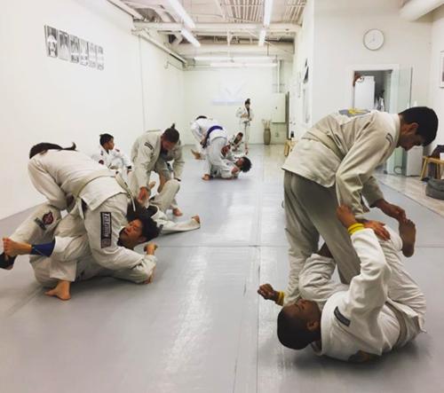 Fundamentals & Advanced Jiu Jitsu Classes