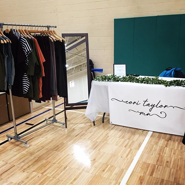So grateful for indoor shows this morning 😍❄️ I'll be in Chanhassen at the rec center until 2 today! Come visit! 💕 * * * Can't make it today? Click the link in my bio to shop 24/7 with free shipping on orders over $50 and free custom sizing! * * * * * * * * * * * * * #chanhassen #minnesota #holiday #craftshow #artshow #artistsoninstagram #vendor #fashiondesigner #outfitinspo #outfitoftheday #caftan #dress #leggings #yoga #yogapants #athleisure #handmade #memade #sewing #followme #etsy #aesthetic #popupshop #jumpsuit #cowlneck #fashionista #positivevibes