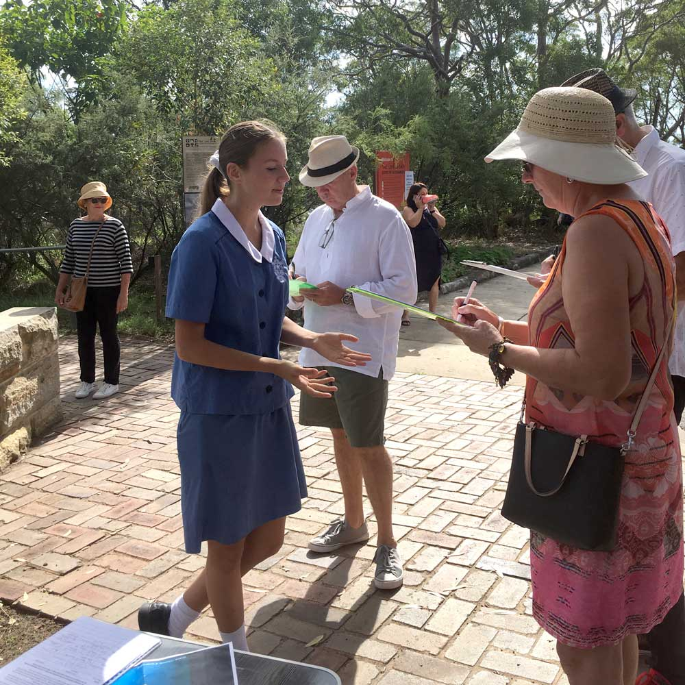 Collecting Signatures at the Coal Loader