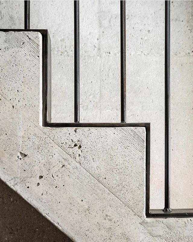 That concrete better be precise!  Concrete and steel stair detail 🖤 | #rp via @_roomonfire