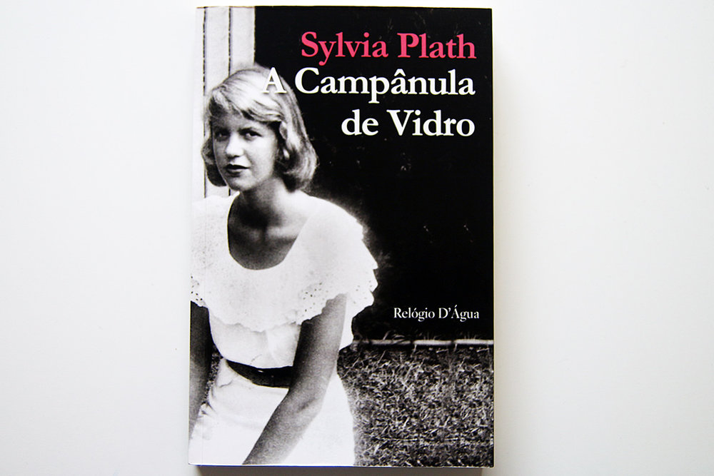 Portuguese cover of  The Bell Jar  ( A Campânula de Vidro )