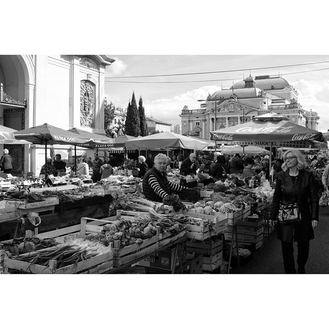 Riječka placa - Rijeka's open market Fuji Xpro2 + Nikkor NC 28mm f2.0 . . . . #travelphoto #travelphotography #bnwphotography #bnwmood #bnw_captures #bnw_greatshots #blackandwhitephotography #monochromephotography #streetphoto_bw #streetphoto_bnw #streetphotography #instabnw #fujilove #fujifeedstreet #fujilove #myfujilove #xpro2 #vintagelens #manualfocus #blackandwhitephoto #instaphotography #volimgradkojitece #rijeka #instacroatia