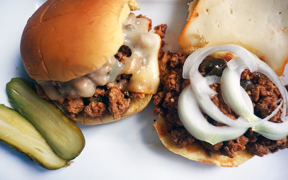 slow-cooker-sloppy-joe-dishitgirl.jpg