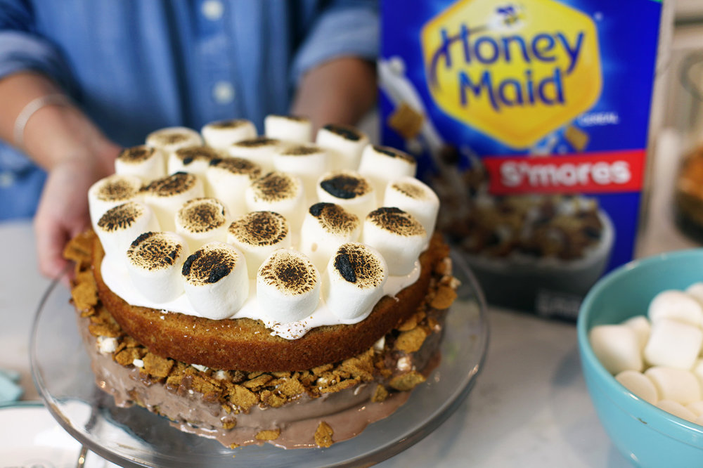 dishitgirl-honeymade-smores-cake.jpg