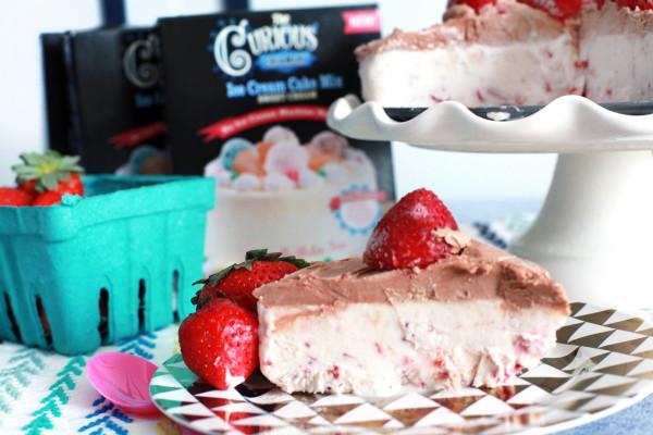 roasted strawberry ice cream cake.jpg