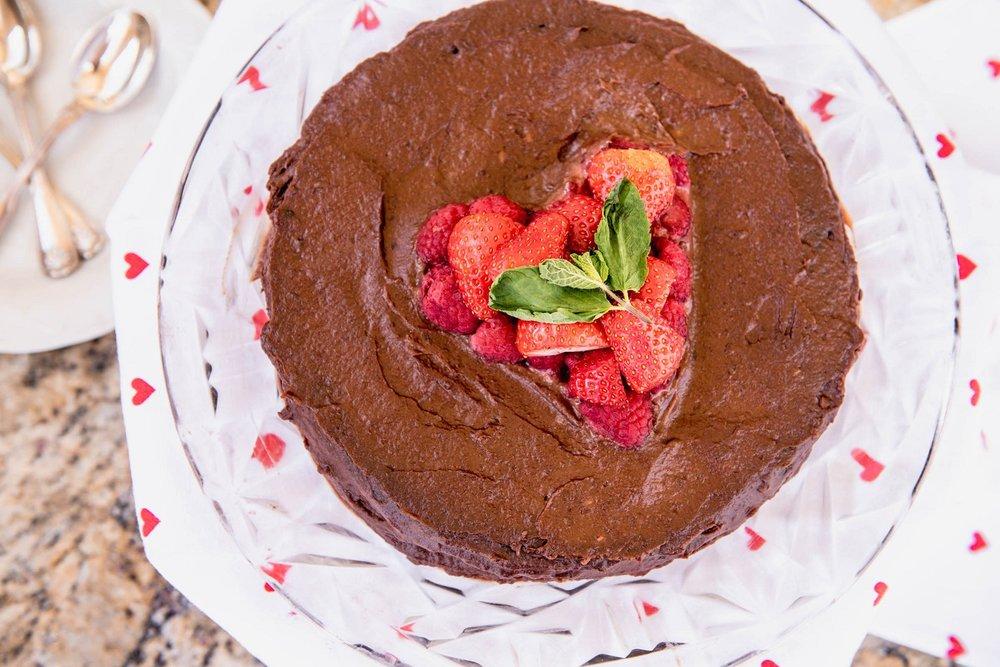 chocolate-torte-serving.jpg