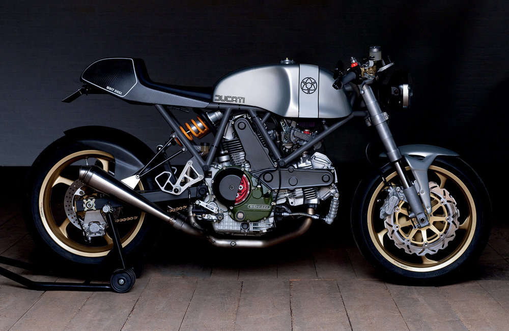 The WSM 944 cc Leggero Seattle, based on a 1995 Ducati 900 Super Sport.
