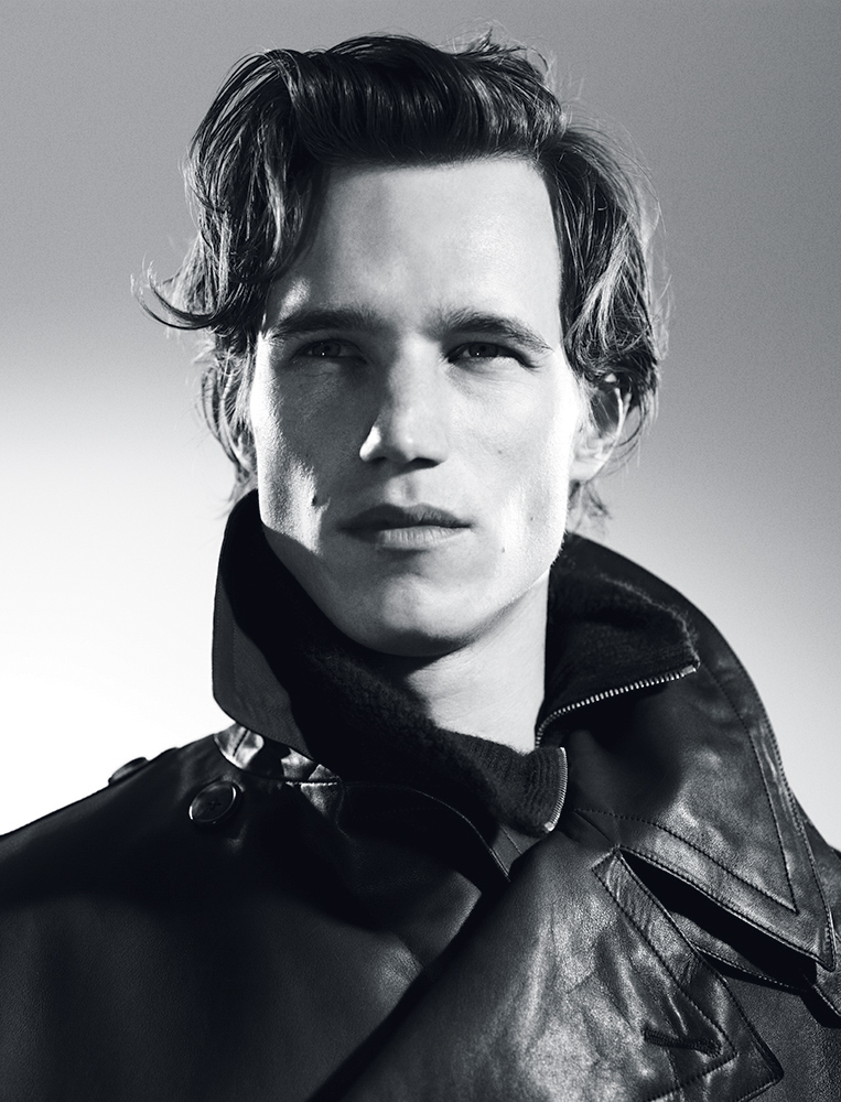 Leather jacket and cashmere sweater Hermès