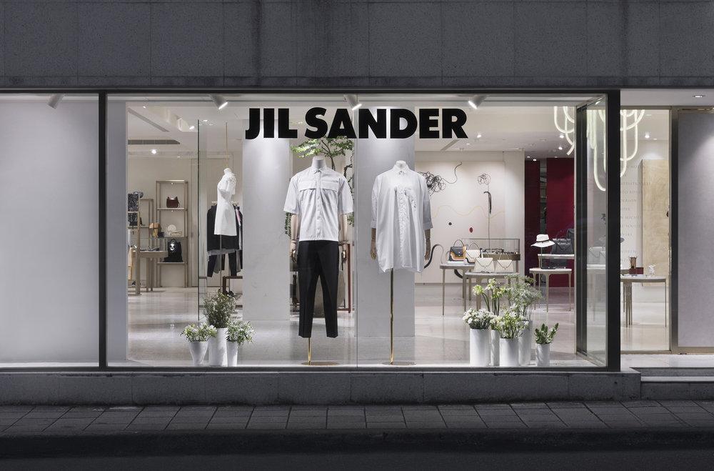 ART HAUS_JIL SANDER WINDOW DISPLAY_02.jpg