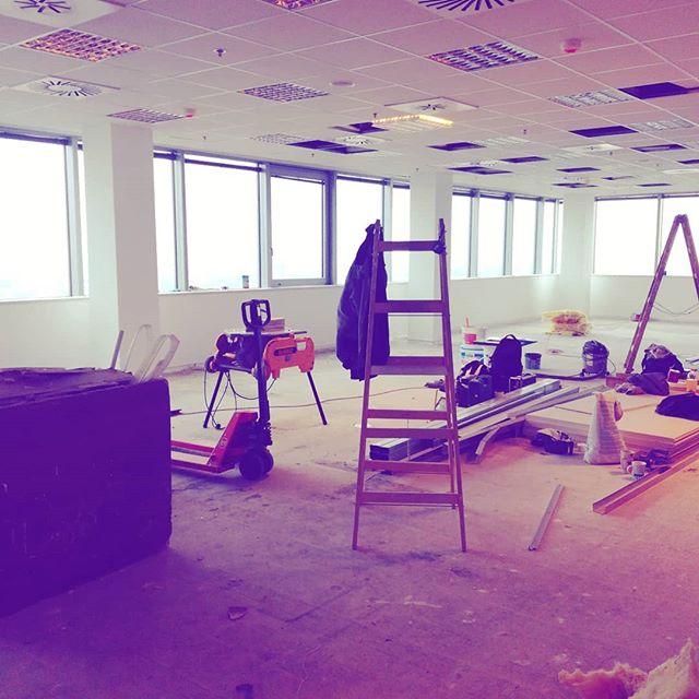 Uz sa pracuje na rozširovaní nášho office. #davincisoftware #newoffice #reconstruction