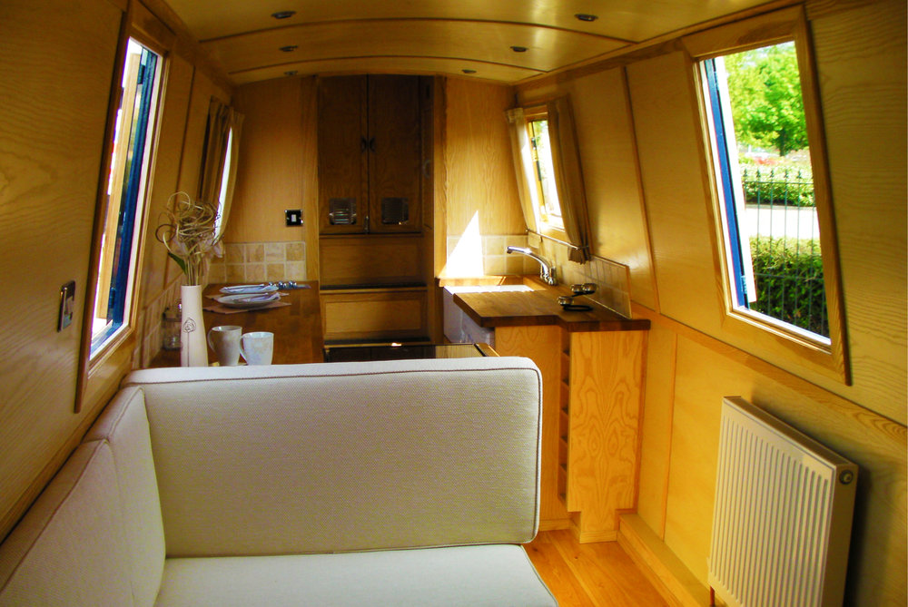 Swan Narrowboat (8).jpg