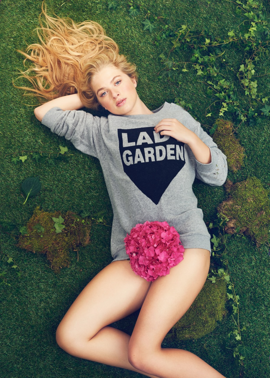2015 — - In September 2015, which marks Gynaecological Cancer Awareness Month, Lady Garden teamed up with Topshop for it's very first campaign. In sweatshirts designed by Black Score's Simeon Farrar, Amber Le Bon, Anais Gallagher and Jazzy De Lisser helped the Lady Garden start a powerful conversation.The message was simple: Get Talking, Get Checked. The campaign was a huge success, not only in terms of celebrity support but also in promoting the Lady Garden message. Following our debut campaign, our research showed that 81% of women were more aware of their gynae health, whilst 59% were more aware of the symptoms.