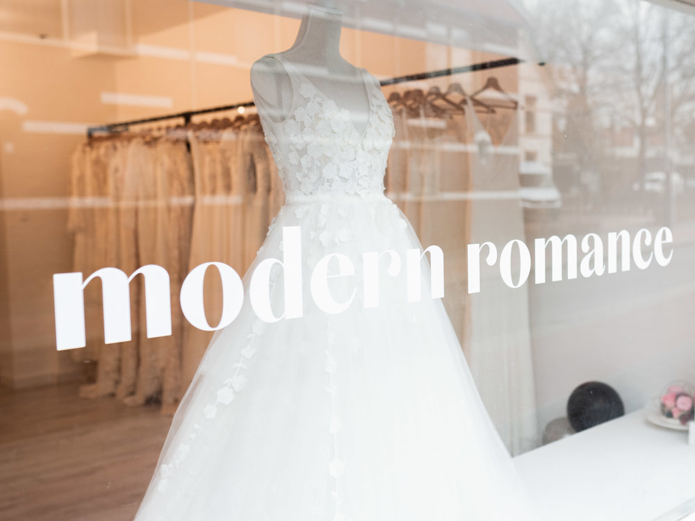 modern-romance-bridal-10.jpg
