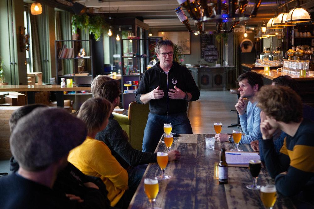 Laatste stop: bier bij Brouwerij de Prael.