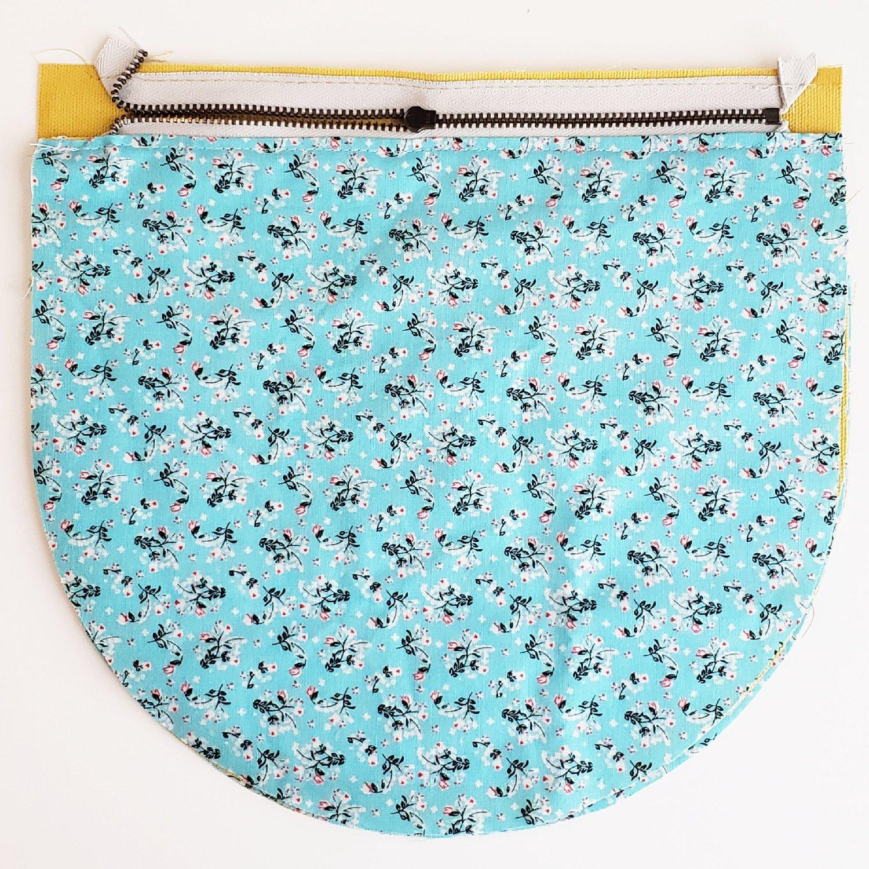 3. Baste zipper to Main Body