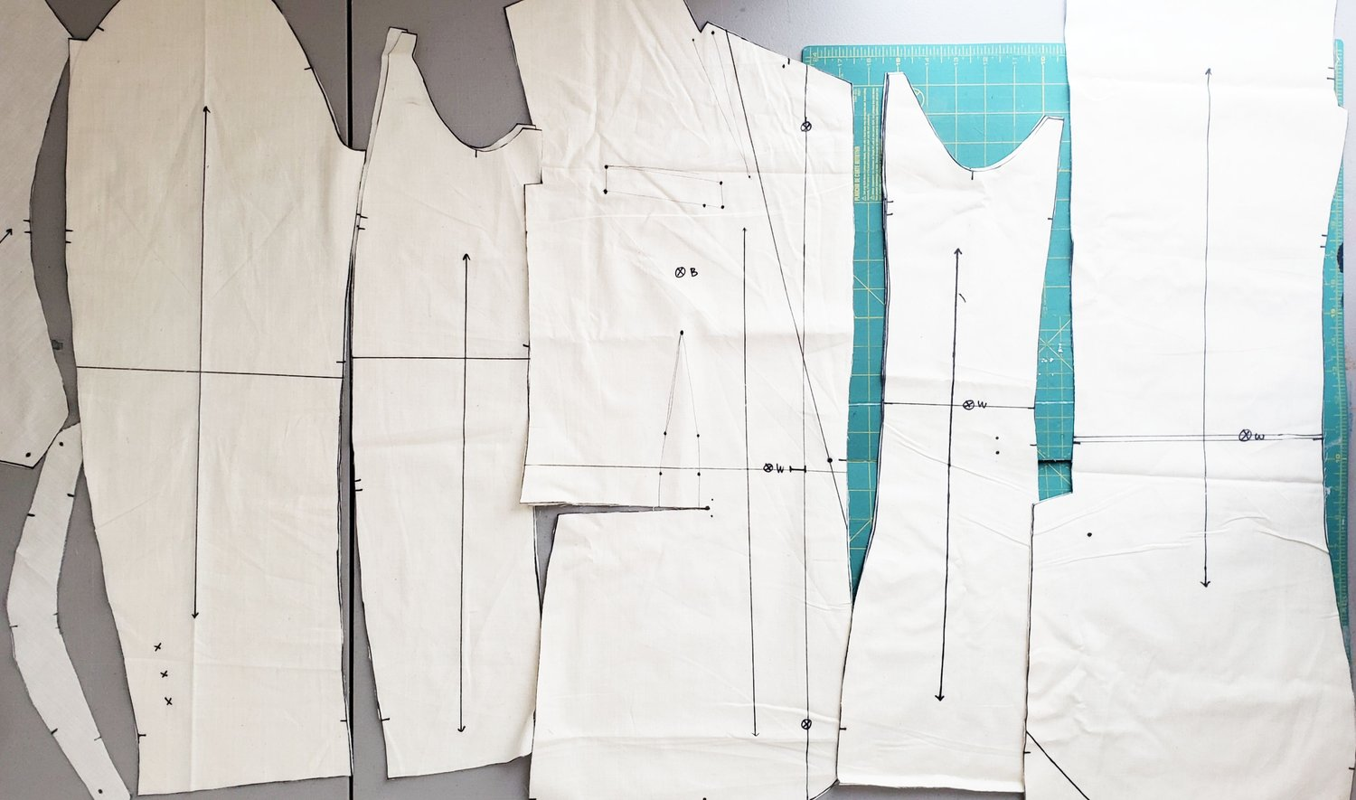 All my muslin pieces marked and cut!