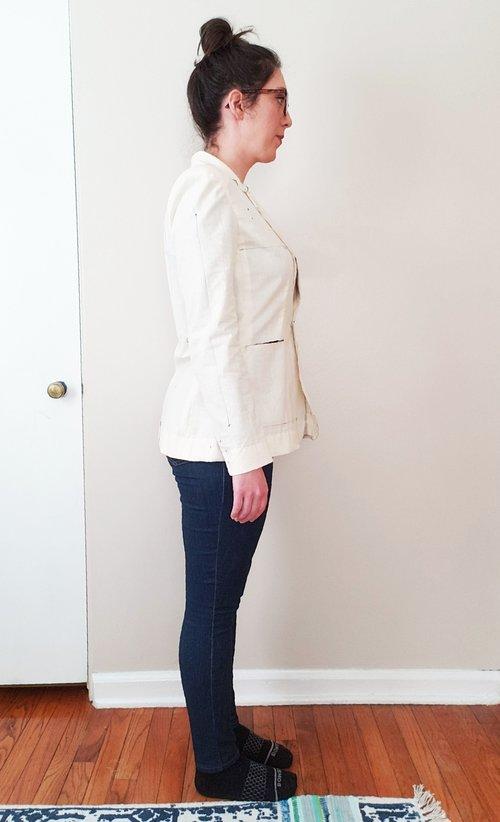 1c: lack of shape at waist/back