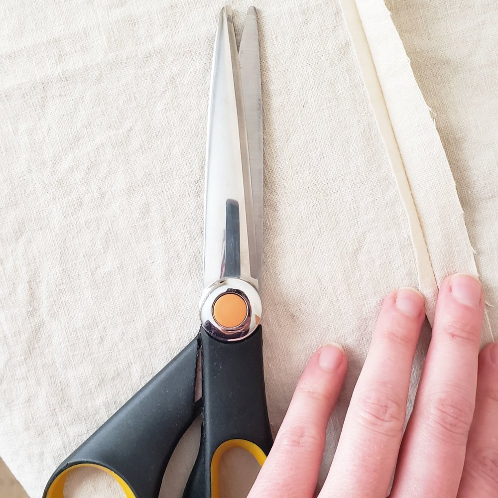 """1. After sewing each seam, trim one side of the raw edge down to approx. 3/16"""""""