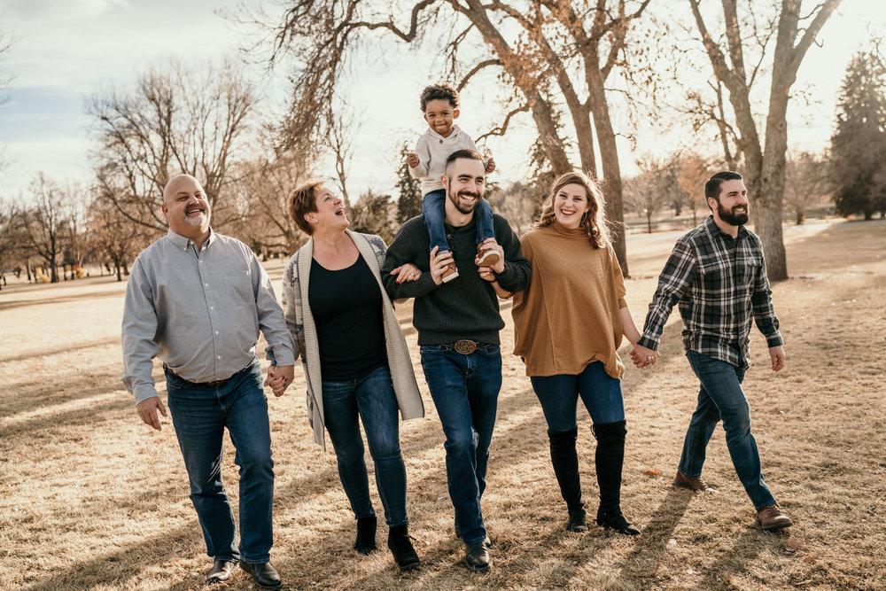 denver family photographers at city park candid family photos