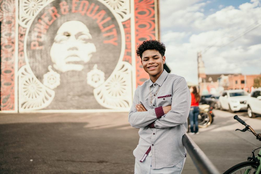 denver senior photos on larimer with murals