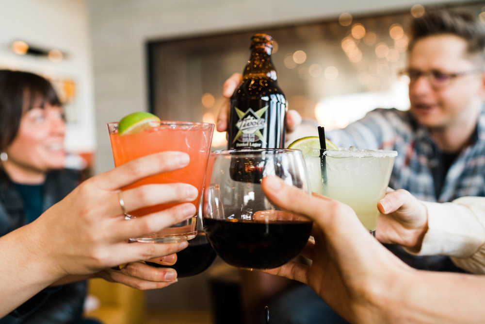denver commercial photographer tim gillies photography origin hotel red rocks drinks cheers