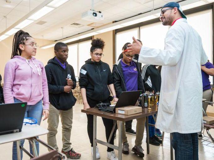 Gigsy_ 2019-01-25_ YFN Delgado Discover STEM Career Day_ 117.jpg