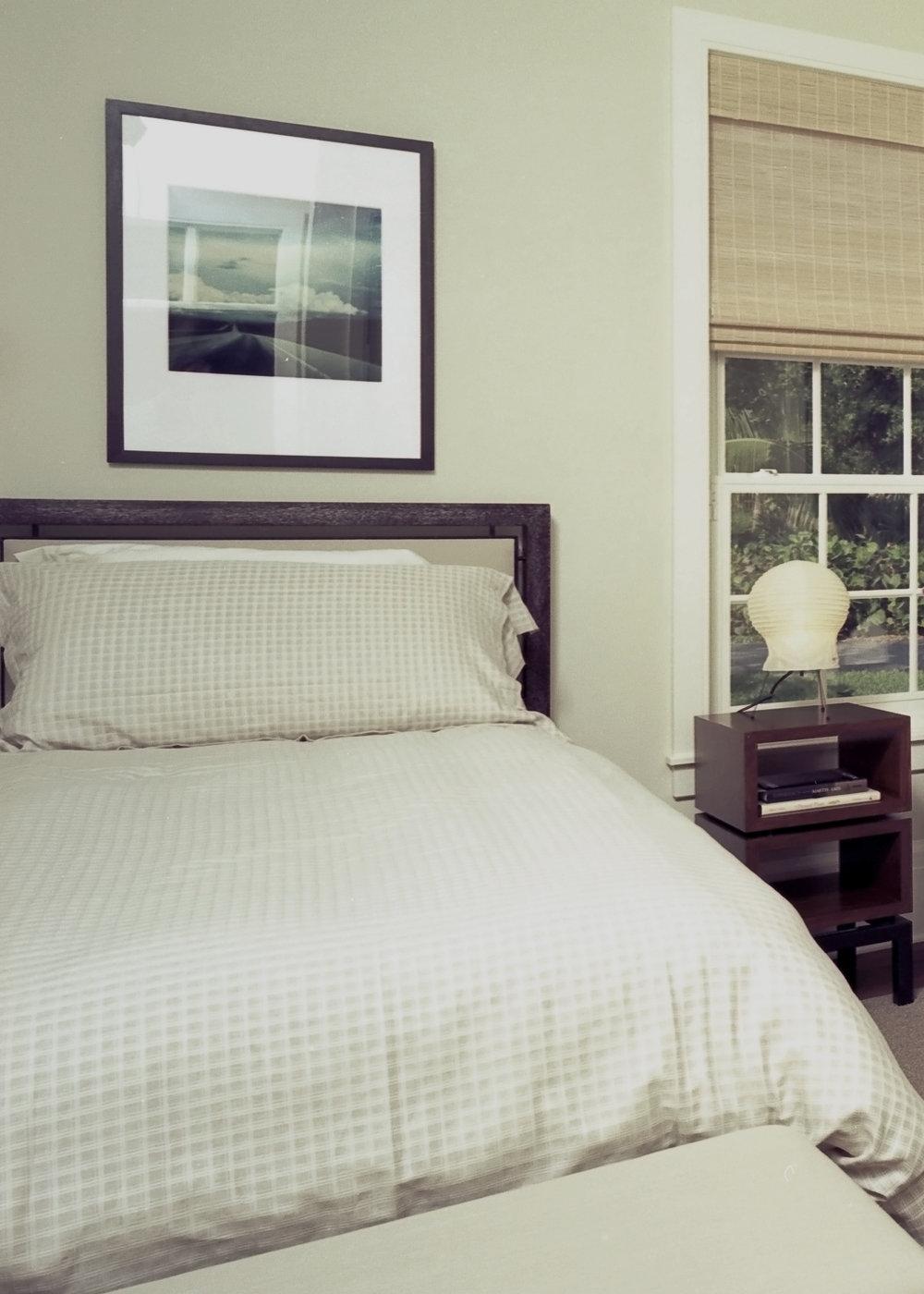 Buest Bedroom Robinson_edited-1.jpg