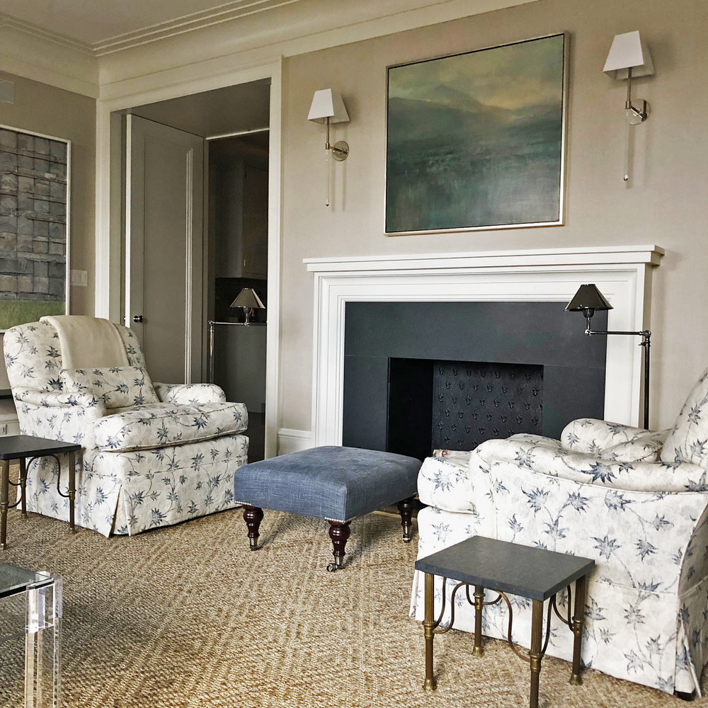 39 Living Room Fireplace.jpg