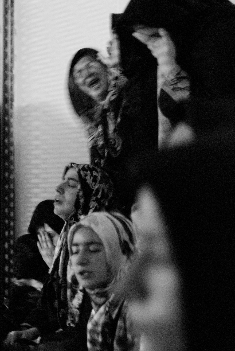 041809_SufiWomen_pi_03_CROPPED.jpg