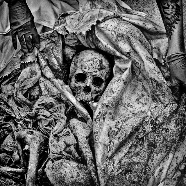 Brooks County, Texas. The remains of an unidentified migrant discovered in Brooks County await forensic analysis. Brooks County has a population of 7,223 and 38.3% live below the poverty level.