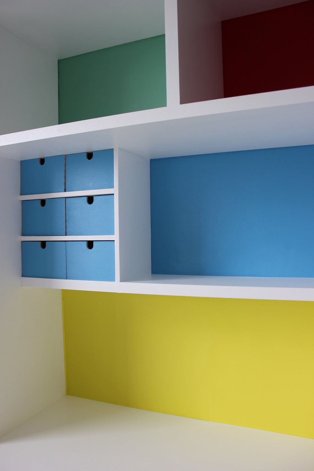 NaomiDay_DeskShelves_Detail_1.jpg