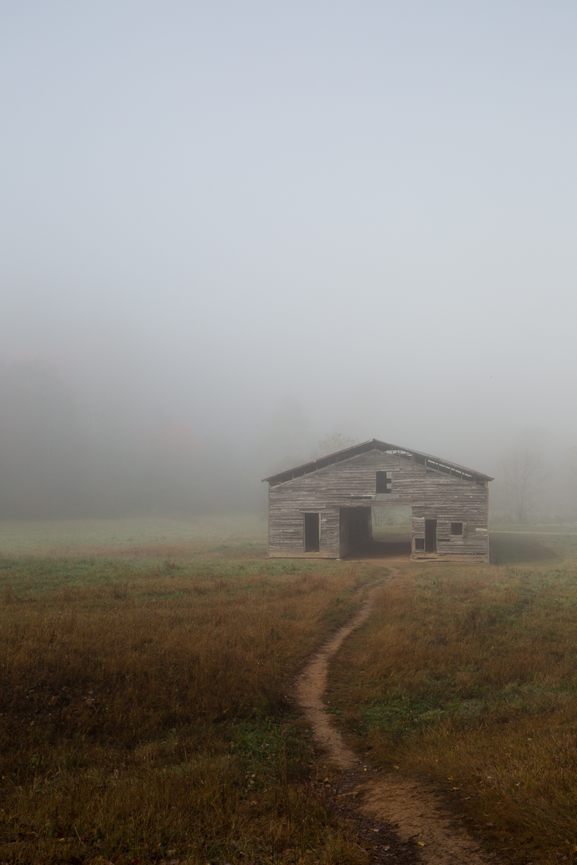 barn in the smoky mountains
