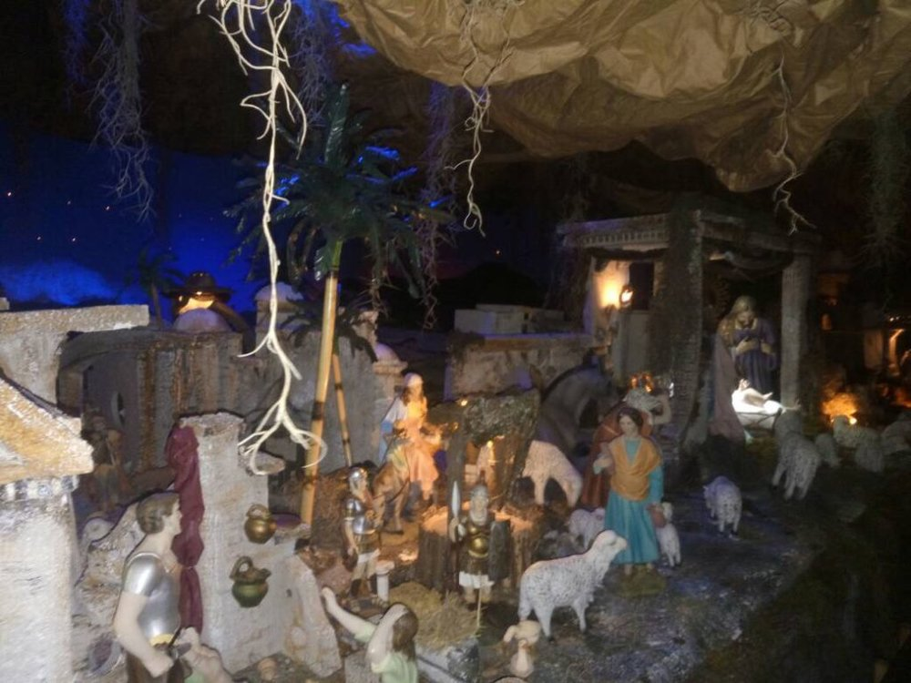 The manger is of St. Agustin School is a piece of art. It is full of statues and decorated vividly with lights and sound effects that make everyone in the room be astonish by its beauty. (Photo Credits: Erick Lezama)