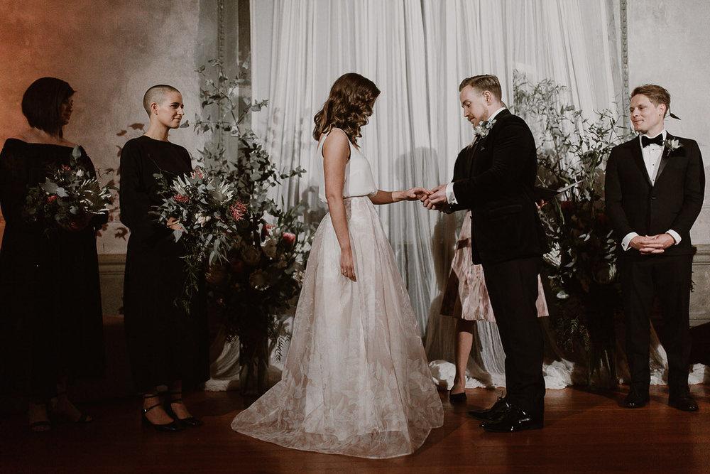 89484-romantic-winter-wedding-at-the-george-ballroom-by-caroline-sada-photography.jpg