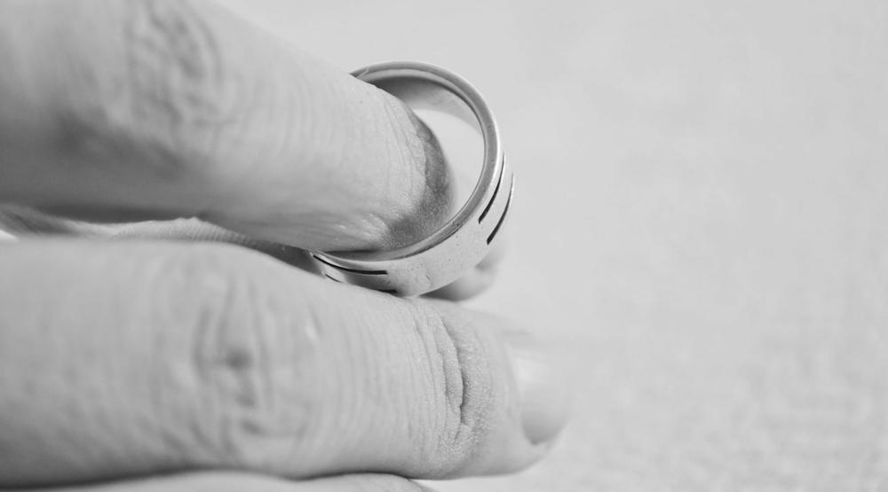 DIVORCE -