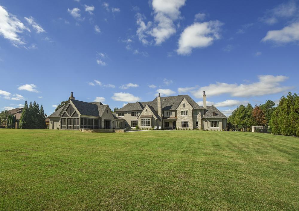 Albertine-Dubray-Manor-House-03.jpg