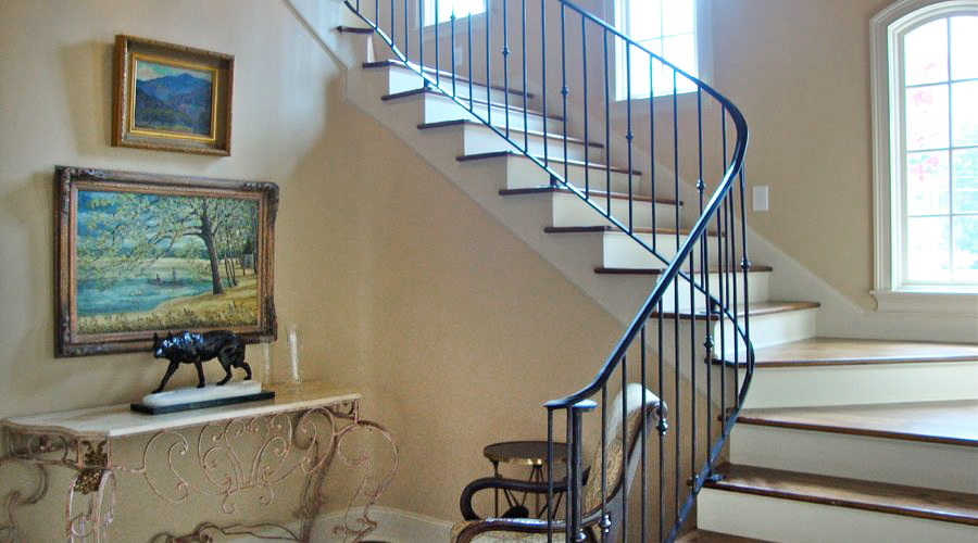 img_levinston-stairs-2-900x500 edit.jpg