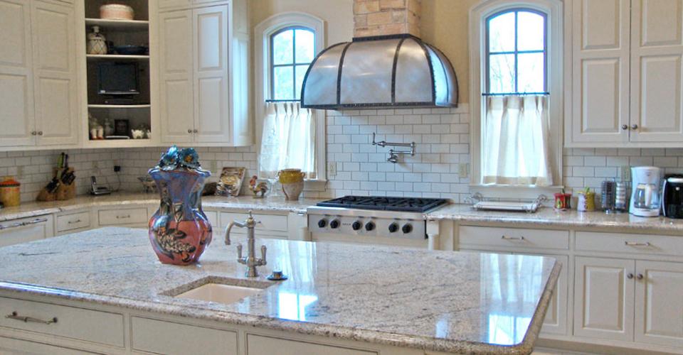 levinston-kitchen edit.jpg