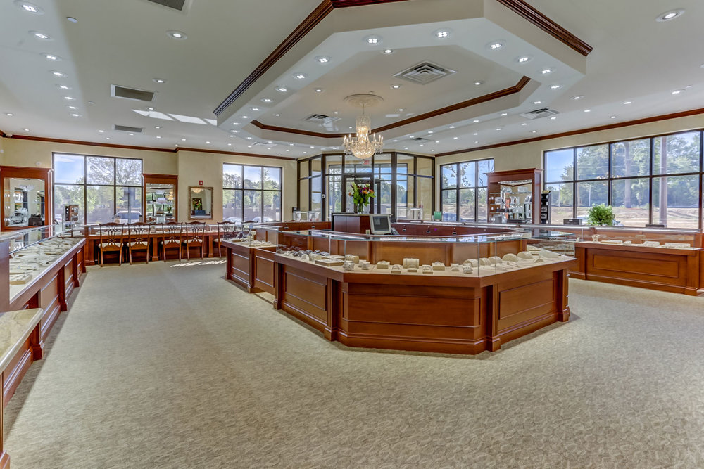 Albertine-Commercial-Bob-Richards-Jewelers-10.jpg