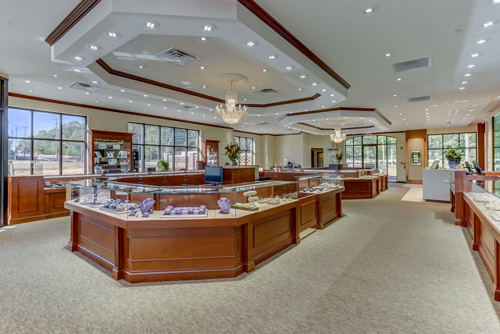 Albertine-Commercial-Bob-Richards-Jewelers-12.jpg