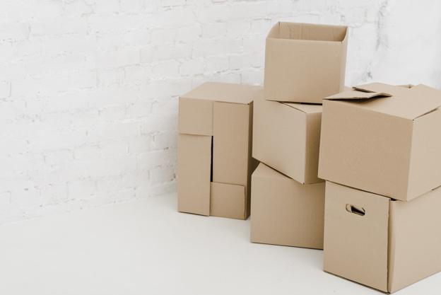 nice-carton-boxes_23-2147758861.jpg